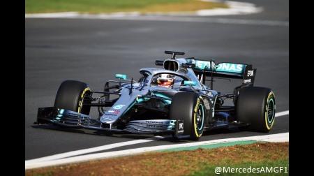 メルセデスのハミルトン、新車に好印象