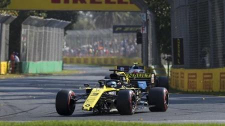 「リカルドは期待外れ」とルノーF1アビテブール