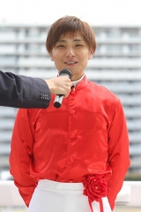 190226 NARグランプリ受賞報告会 山崎誠士騎手-01