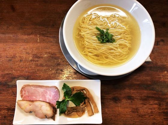 麺屋  菜花奈【天草大王の丸鶏拉麺(塩)】  @菊川市