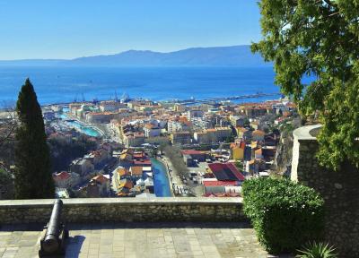 800px-RijekafromTrsatday_convert_20190222112710.png