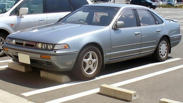 Nissan_Cefiro_1988.jpeg