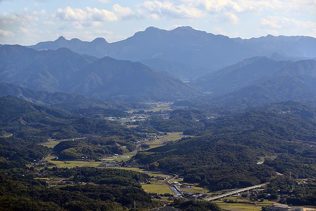 香春岳より