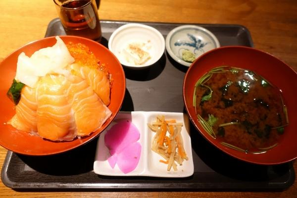 海家食堂 谷町店 (2)