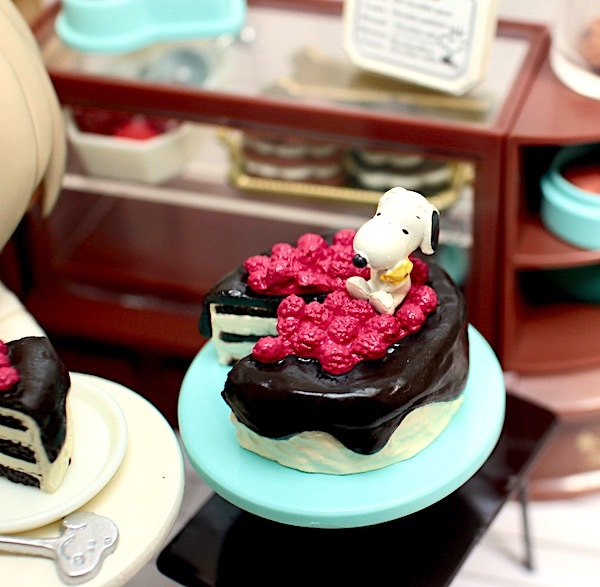 re-ment-Snoopy-ChocolateCafe25.jpg