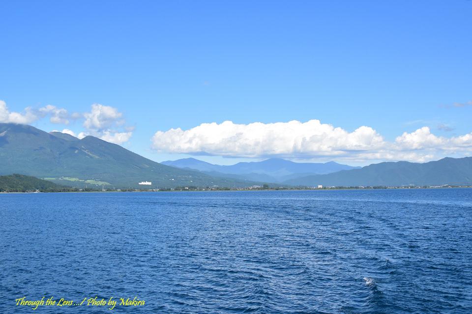 猪苗代湖と安達太良山方面56D1