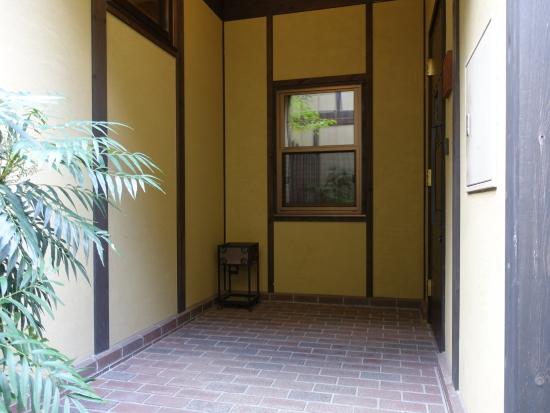 ヴィラ玄関