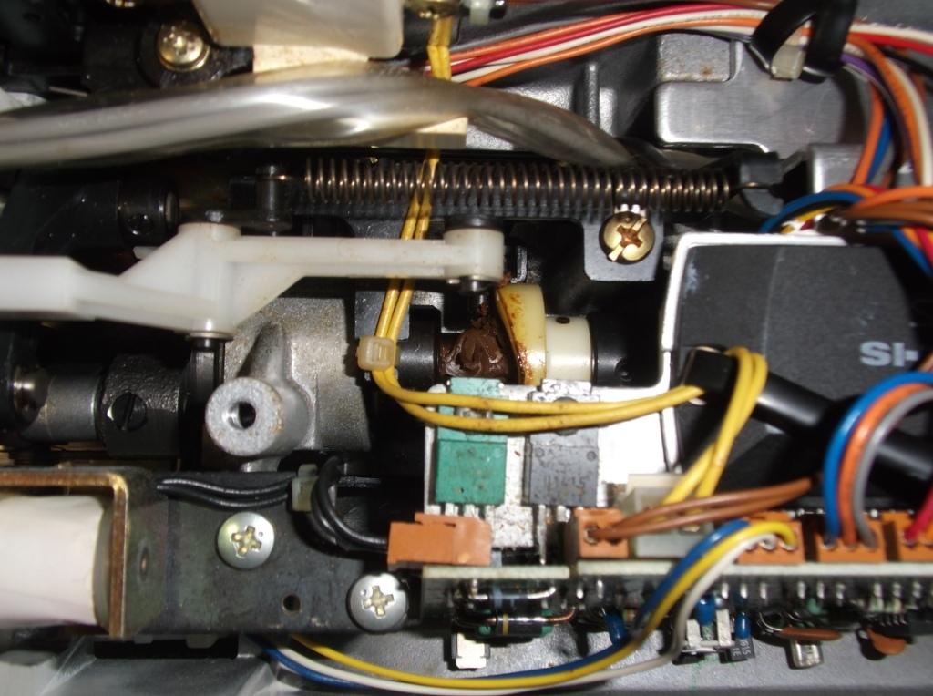AT-1100-4.jpg