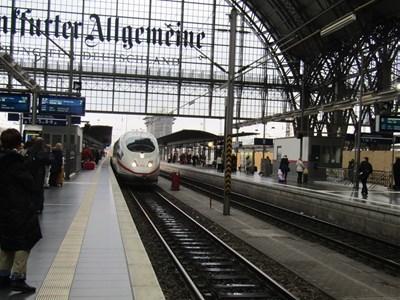 フランクフルト中央駅ホーム