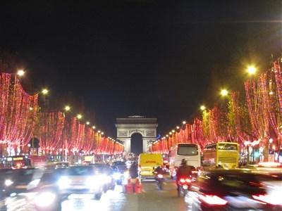 パリ2018年12月10