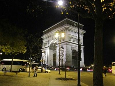パリ2018年12月12