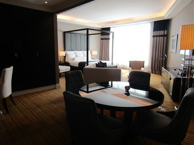 s-2019マジェスティックホテル1