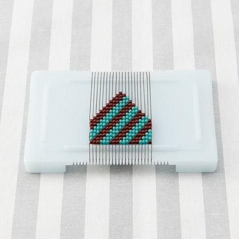 カード型ビーズ織り機 説明