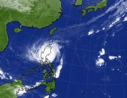 taifu26 103018-7am (1)