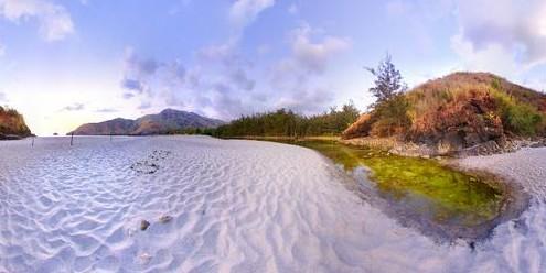 Anawangin white sand beach