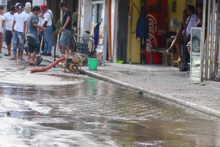 water leakage1118 (30)