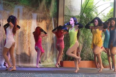 swimsuit contest120818 (12)