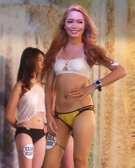 swimsuit contest120818 (109)