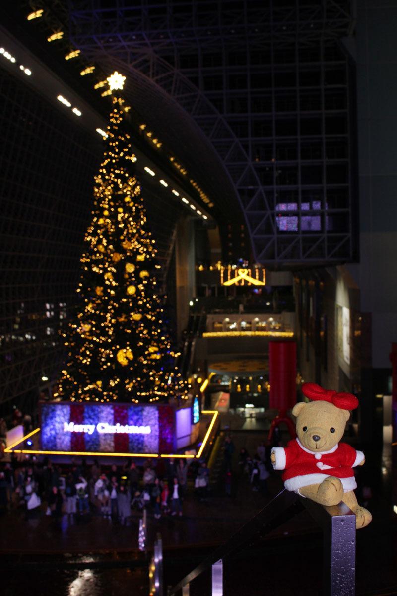 京都駅ビル クリスマスツリーと 181216