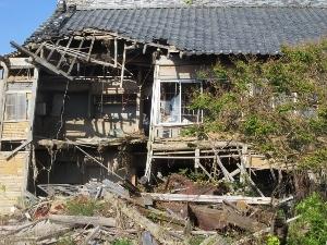 廃墟になった家屋2