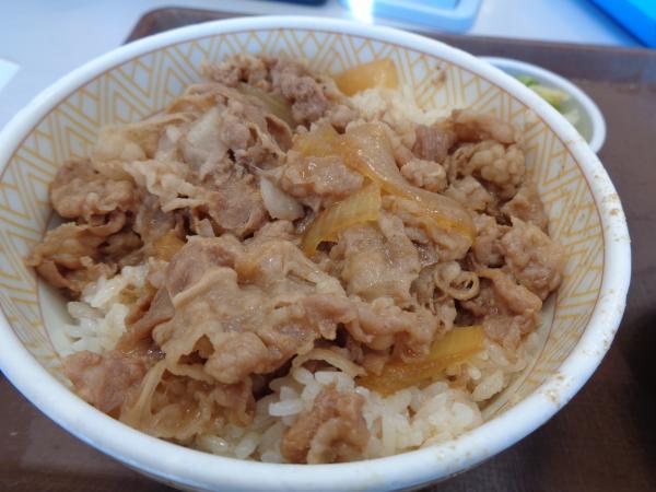 2/17 すき家・牛丼並シジミ汁