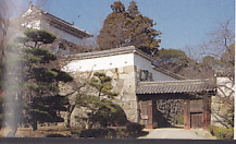 姫路城いの門遠景