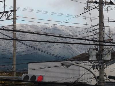 比良山が冠雪(12月10日8時頃)