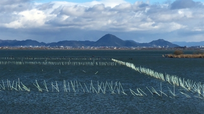 年末寒波襲来!! 強風の琵琶湖(YouTubeムービー)