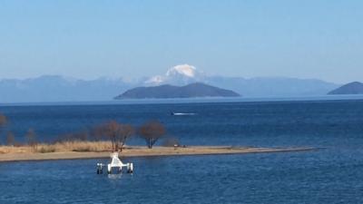 真冬の釣り日和!! 琵琶湖北湖に蜃気楼発生(YouTubeムービー)