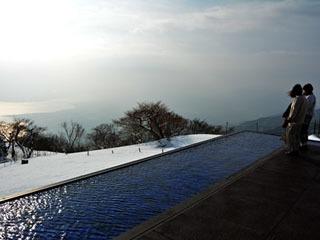 冬期営業中のびわ湖テラス