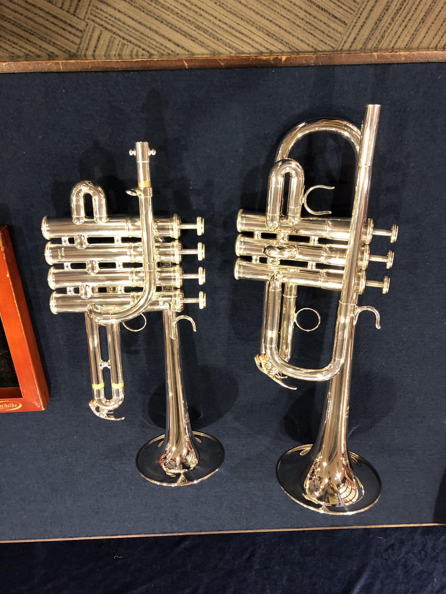 楽器(E♭管Tp、ピッコロTp)
