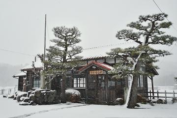 美作滝尾駅201901(2)