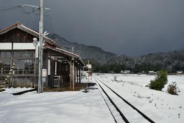 美作滝尾駅201901(6)