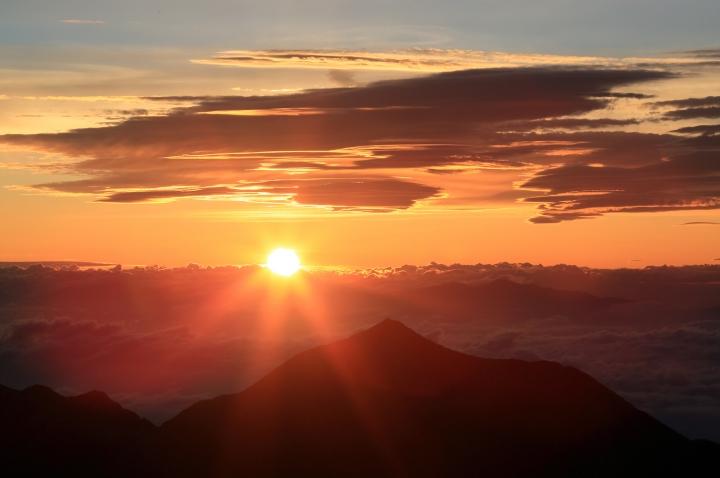 120719 涸沢岳より日の出