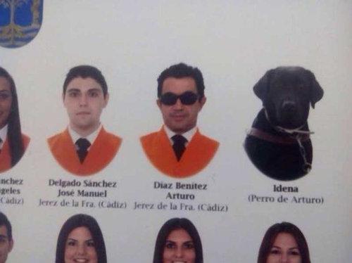盲目の学生のパートナーIdena君 スペインの大学で