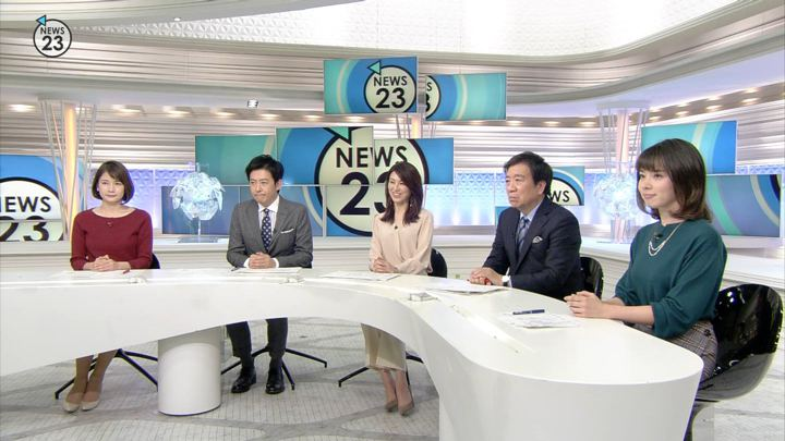 2018年12月03日皆川玲奈の画像12枚目