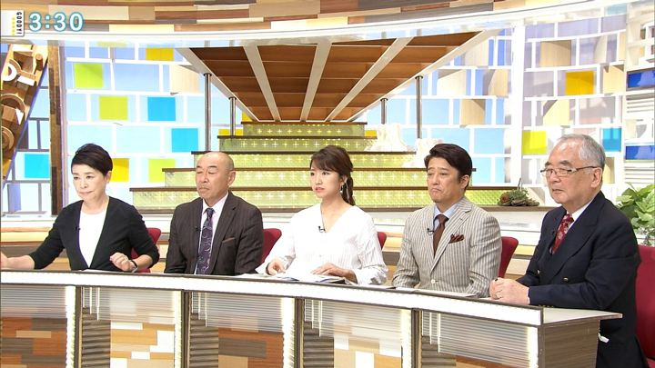 2018年10月12日三田友梨佳の画像13枚目