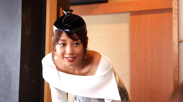 2018年11月28日岡副麻希の画像16枚目