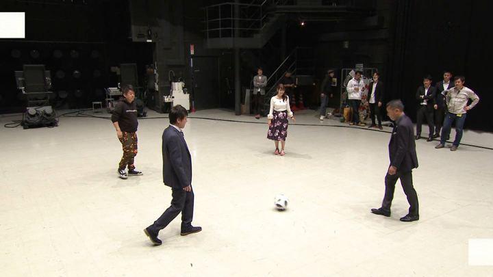 2018年12月01日鷲見玲奈の画像30枚目
