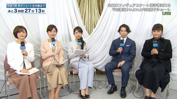 2018年12月22日内田嶺衣奈の画像01枚目