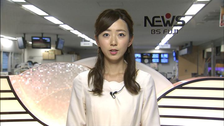 2018年12月26日内田嶺衣奈の画像05枚目