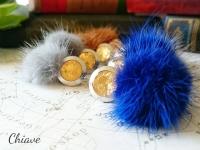 Full Moon earrings_fur