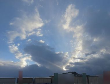 013鉛雲