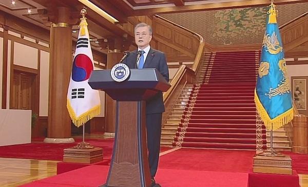 2これはもうゲーム・オーバーだ! 文大統領会見で日韓は新たなフェーズに