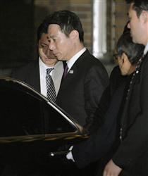 平成23年(2011年)3月6日、前原誠司は、韓国人から違法献金を受け取っていた責任を取って外相を辞任した。