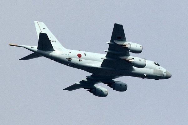 「駆逐艦の上空飛んでいない」韓国レーダー照射で防衛省が再反論