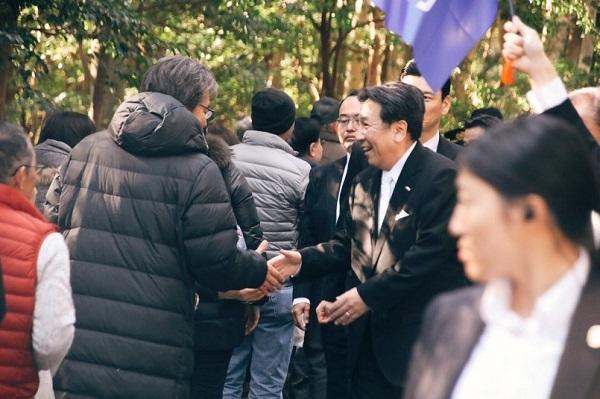 本日4日、枝野代表は福山幹事長らと伊勢神宮⛩を参詣し、一年の無事と平安を祈願しました。