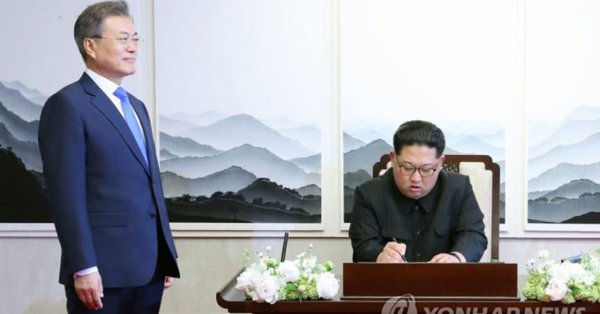 つまり、北朝鮮の工作員である韓国の文在寅大統領は、フランスのマクロン大統領にもイギリスのメイ首相にもドイツのメルケル首相にも、北朝鮮に対する制裁緩和を要請したものの、全て拒否された!