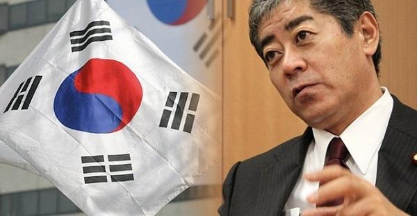 岩屋毅防衛相は27日、大分県日出町で講演し、韓国海軍艦艇による自衛隊機への火器管制レーダー照射問題などで日韓関係が悪化している現状をめぐり「防衛当局間の協力関係は維持、継続していけるよう努力したい」と