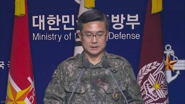国軍「日本が再び低空で威嚇」 防衛省「事実ない」 韓国軍合同参謀本部のソ・ウク(徐旭)作戦本部長は、23日午後4時半から緊急の記者会見を開きました